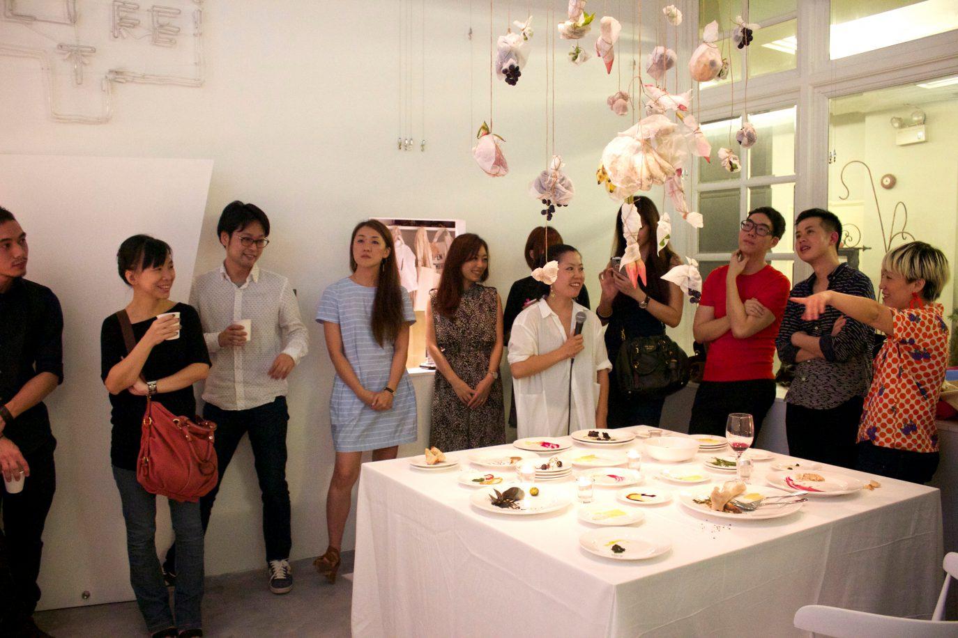 モコメシ個展 シンガポールのイメージ